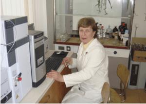 Determinarea diglucozid malvidolului , coloranților sintetici, purității soiurilor (Cabernet, Merlot, Pinot Noir), rutinei, quercitinei, rezveratrolului, acidului ascorbic și galic, aldehidelor și acizilor aromatici la cromatograful cu faza lichidă LC- 20A (Shimadzu)